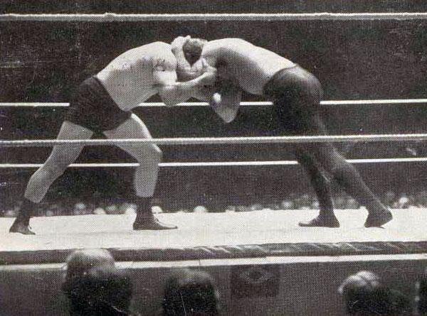 Frank Gotch vs. George Hackenschmidt 1 - historyofwrestling.com